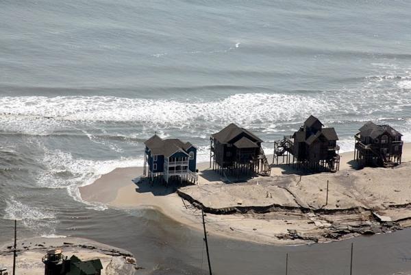 hurricane_irene_hwy12_houses