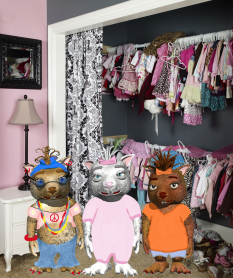 Wombie-closet